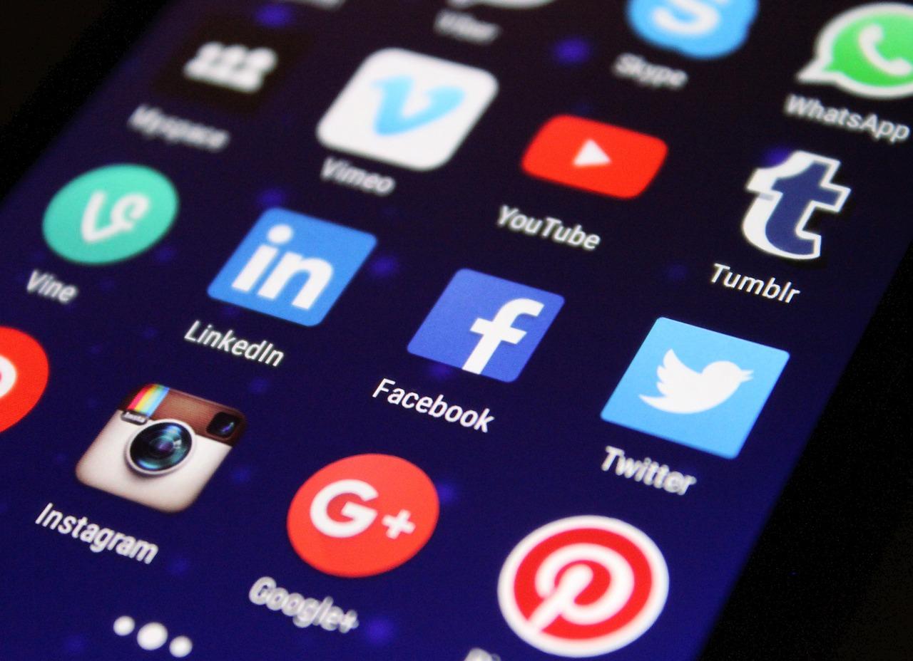 Warsaw Media House radzi jak zbierać opinie przy pomocy dobrodziejstwa Internetu